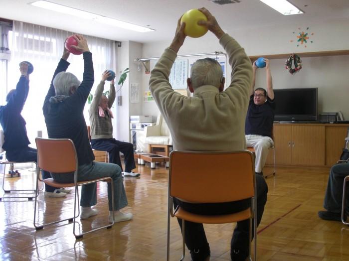 ボールを使った体操